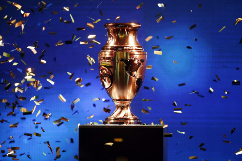 Colombia Copa America Trophy(2)
