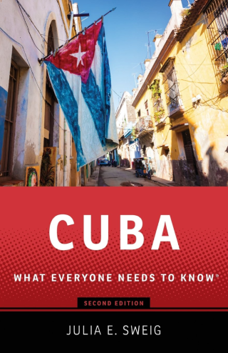 Cuba What Everyone needs to Know -3rd edition - Ever since Fidel Castro assumed power in Cuba in 1959, Americans have obsessed about the nation ninety miles south of the Florida Keys. America's fixation on the tropical socialist republic has only grown over the years, fueled in part by successive waves of Cuban immigration and Castro's larger-than-life persona. Cubans are now a major ethnic group in Florida, and the exile community is so powerful that every American president has curried favor with it. But what do most Americans really know about Cuba itself? In this third edition of the widely hailed Cuba: What Everyone Needs to Know(r), Julia Sweig updates her concise and remarkably accessible portrait of the small island nation. This edition contains a new foreword that discusses developments since Obama and Raul Castro announced the normalization of US-Cuba relations and restored formal diplomatic ties. A new final chapter discusses how normalization came to pass and covers Pope Francis' visit to Cuba, where he met with Fidel and Raul Castro. Expansive in coverage and authoritative in scope, the book looks back over Cuba's history since the Spanish American War before shifting to recent times. Focusing equally on Cuba's role in world affairs and its own social and political transformations, Sweig divides the book chronologically into the pre-Fidel era, the period between the 1959 revolution and the fall of the Soviet Union, the post-Cold War era, and -- finally -- the post-Fidel era. Informative, pithy, and lucidly written, it is the best compact reference on Cuba's internal politics, its often fraught relationship with the United States, and its shifting relationship with the global community.