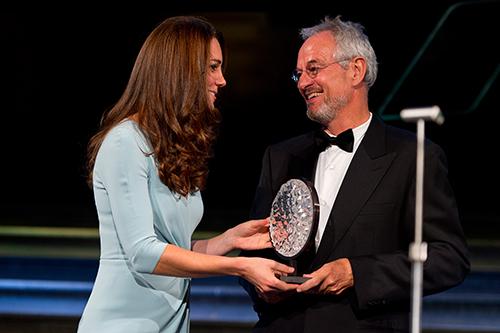 01-Duchess-of-Cambridge-and-overall-winner-c-NHM,-London