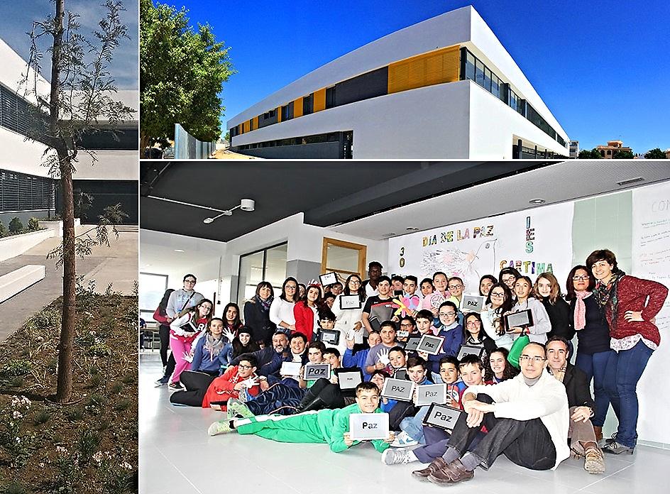 Estudiantes y profesorado de Instituto Público de Educación Secundaria CARTIMA' de Cártama, Málaga