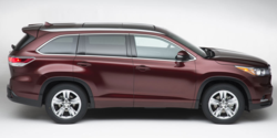 2014_Toyota_Highlander_sideview