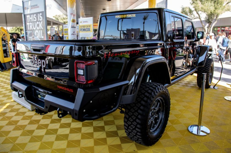 Jeep Gladiator Hennessey Maximus 1000 Rear Profile