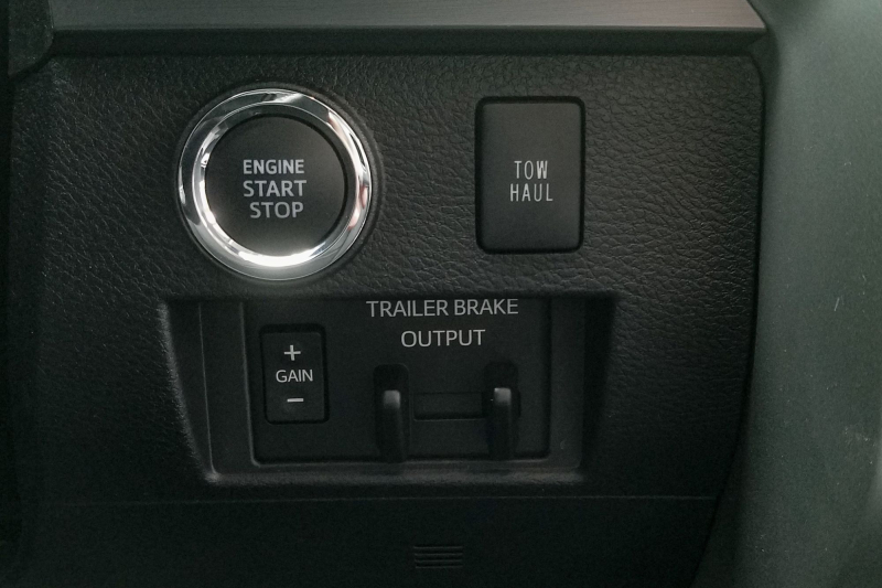 2020 Toyota Tundra TRD Pro Tow/Haul And Trailer Brake Buttons