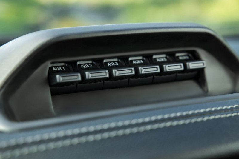 2021 Ford Ranger Tremor Lariat auxiliary switches