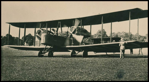 Sir_Ross_and_Sir_Keith_Smith's_Vickers_Vimy_in_1920