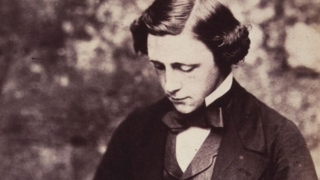 Dl-portrait-npg-lewis-carroll