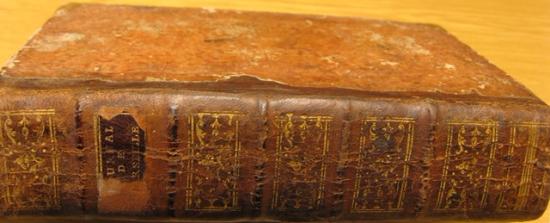 Spine of 'Le journal de Marseille'