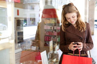 15 New Holiday Shopping Trends Retailers Should Pay Attention To
