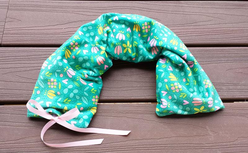 DIY Minky Neck Pillow