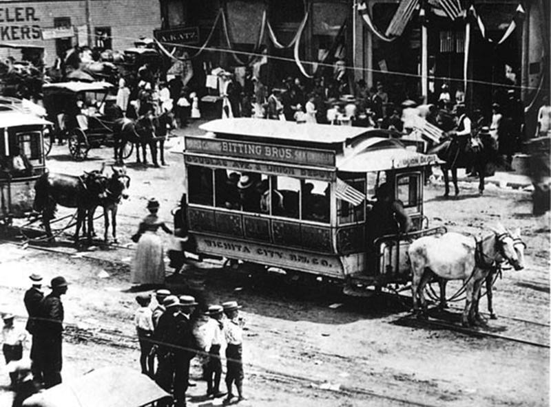 Horse_drawn_trolley_car,_Wichita_City_Railway_Company