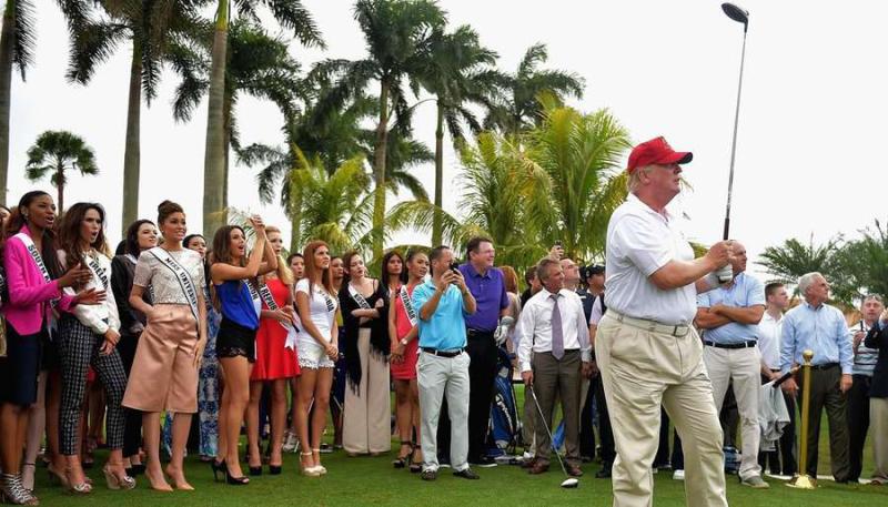 Donald_trump_golf_florida_jan122015_GettyImages-461439800_1120x640